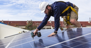 solarimo-a-start-up-created-by-engie-employees-builds-its-first-photovoltaic-installation
