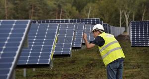 engie-veut-connecter-les-eoliennes-et-les-panneaux-solaires-a-la-blockchain