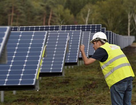 ENGIE veut connecter les éoliennes et les panneaux solaires à la Blockchain