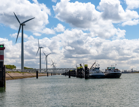 Zero Emission : Port of Rotterdam, A Growing Green Energy Hub