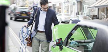 Conférence interne : Comment innover dans les infrastructure de recharge de véhicules électriques ?