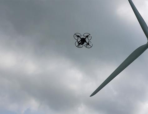 Inspection par drones des éoliennes d'ENGIE Green