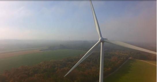 La pluie, pour améliorer la production d'un site éolien