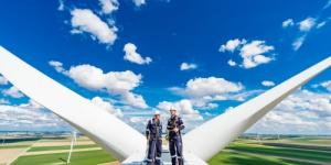 Inspection en profondeur des pales d'éoliennes