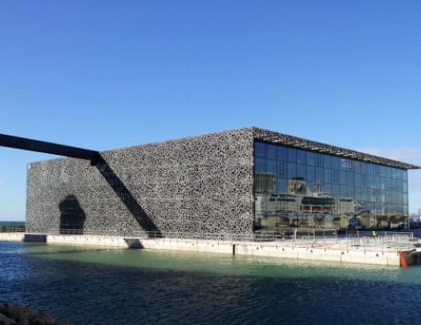 Addressing urban heat islands in the Mediterranean region